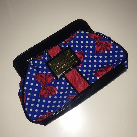 Betsey Johnson Handbags - 🎀 BETSYVILLE by Betsy Johnson Clutch